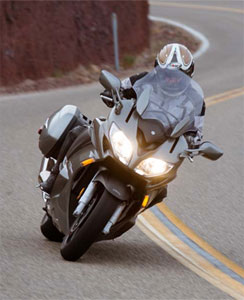 Yamaha FJR1300 Action Front