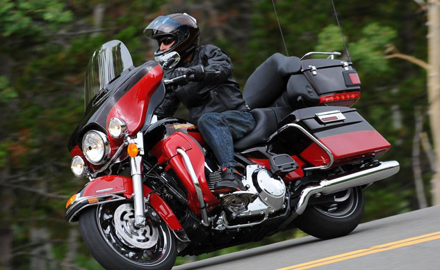 02-top-10-touring-2010-harley-davidson-electra-glide-classic