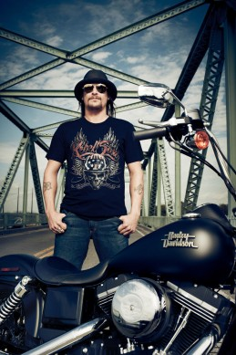 062113-harley-davidson-110th-anniversary-kid-rock-1