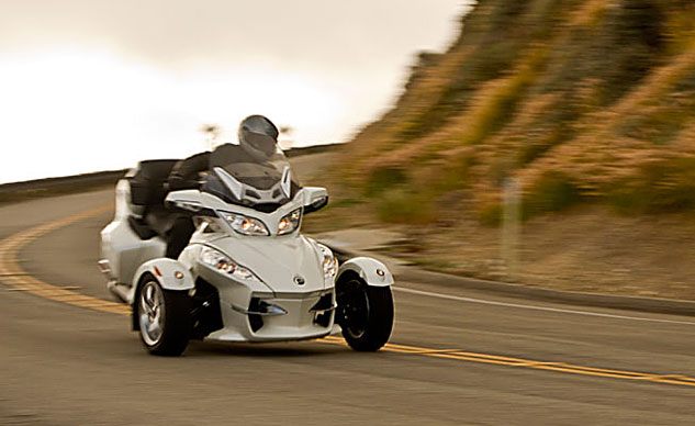 08-top-10-touring-2011-can-am-spyder-rt-limited