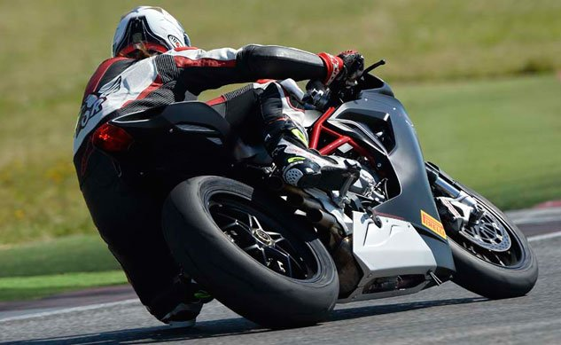 2013-MV-Agusta-F3-800-Rear-Action