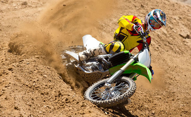 2014 Kawasaki KX450F Action Cornering