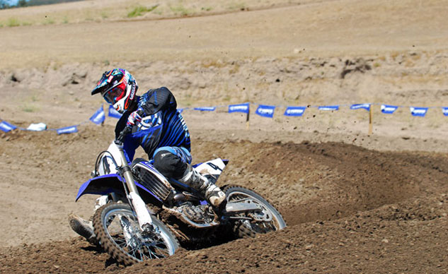 2014 Yamaha YZ450F Action Cornering Right