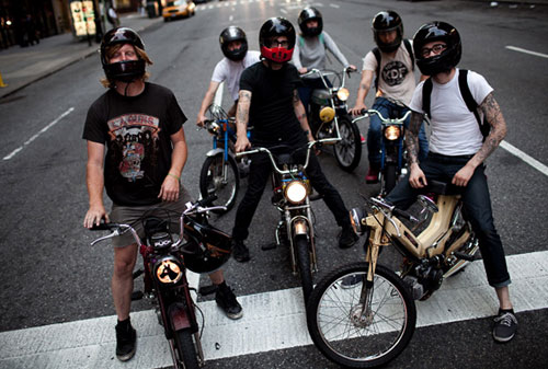 Hipster-Moped-Gang