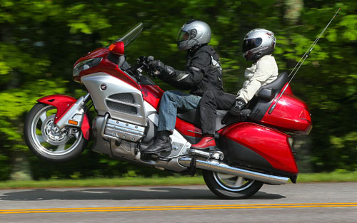 Honda-Goldwing-Wheelie-Duke