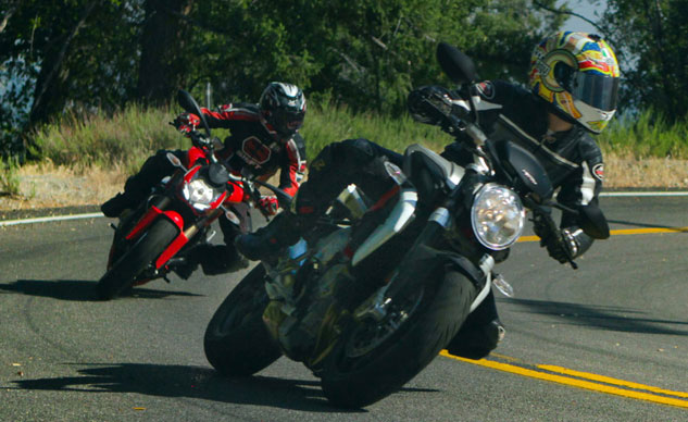 2013 Ducati 848 Streetfighter vs. MV Agusta Brutale 800 Action