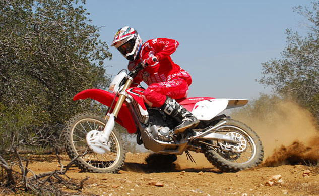 2013-Honda-CRF450X-Action-09