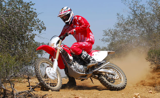 2013-Honda-CRF450X-Action-10