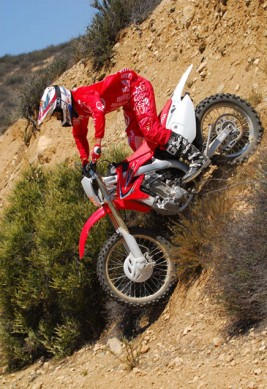 2013-Honda-CRF450X-Action-12