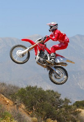 2013-Honda-CRF450X-Action-14