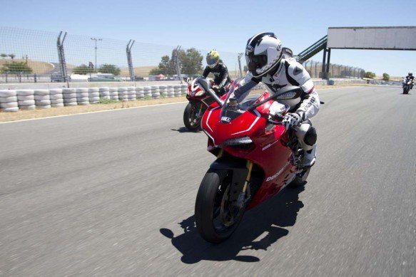 2013-exotic-superbike-track-shootout-IMG_8676