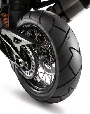 2014-ktm-1190-adventure-wheels-633