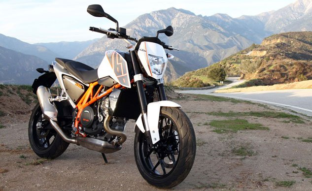 Best Streetfighter: 2013 KTM 690 Duke