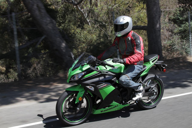 The Kawasaki Ninja 300: So easy to ride you can do it with one hand!