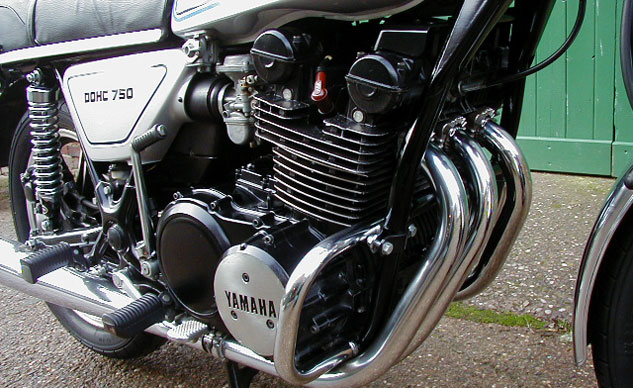 1977 Yamaha XS750 Engine