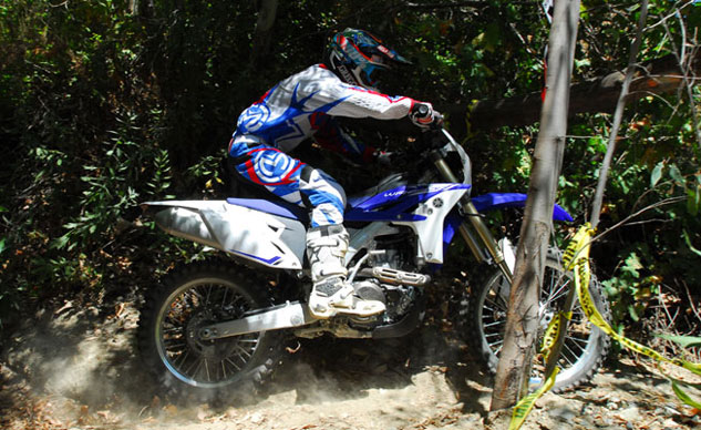 2013-Yamaha-WR450F-Action-Woods