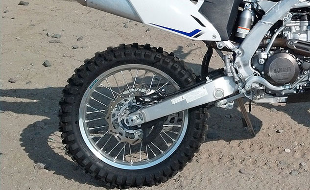 2013-Yamaha-WR450F-Rear-End