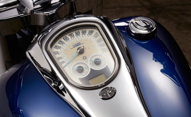 2014 Star Roadliner S Gauges