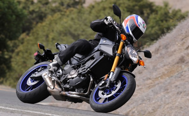 2014 Yamaha FZ-09 Action Black