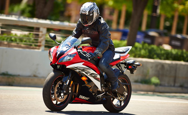 2014 Yamaha R6 Red/Raven