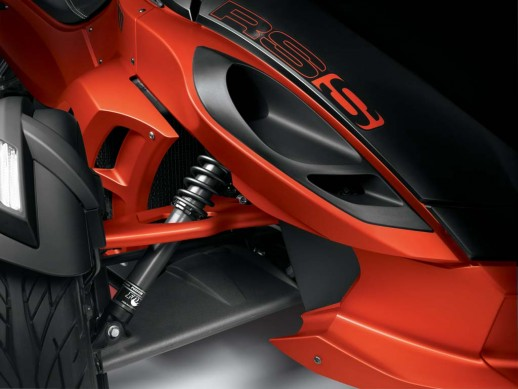 2014-cam-am-spyder-roadster-RS-S_Fox Shock_14