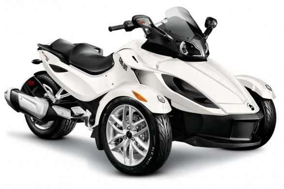 2014-cam-am-spyder-roadster-RS_3-4 Wht_14