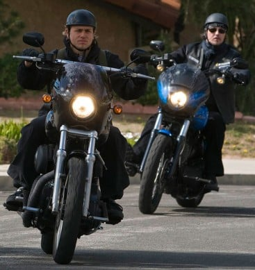 Sons-of-Anarchy-Riding