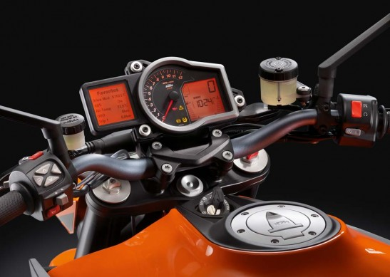 """We really liked the instrument cluster's """"Favorites"""" screen. The customizable screen allows a rider to organize the information according to what is deemed most important, most often adjusted, or any other configuration you choose. From this screen a rider can also select and adjust the displayed settings."""