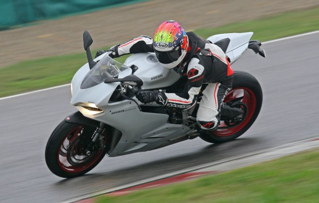 2014 Ducati 899 Panigale Action Left