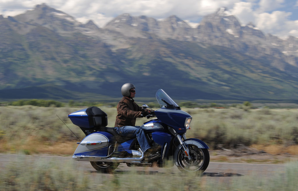 2014 Victory Ness Cross Country Limited-Edition Review