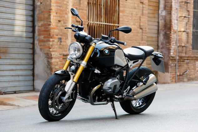 The stacked dual mufflers on the left side of the nineT can be easily removed to facilitate removal of the rear wheel.