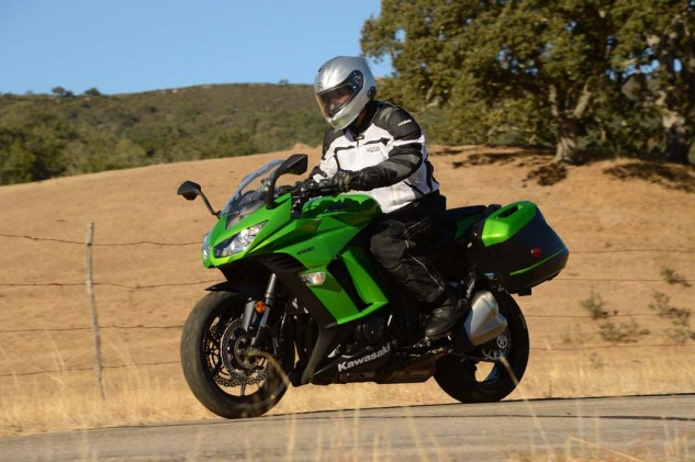 The Ninja 1000 ABS is both comfortable and fast, and at 509 pounds wet, it's 184 pounds lighter than the substantially larger Concours 14 ABS.