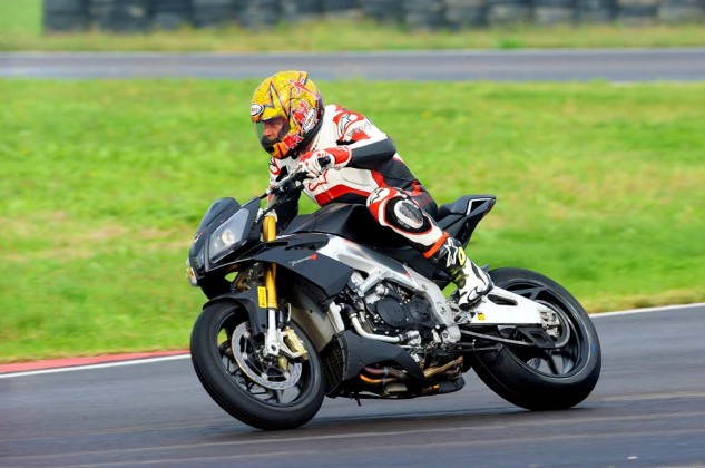 2014_Aprilia_Tuono_V4R_ABS_launch_Tor (21)