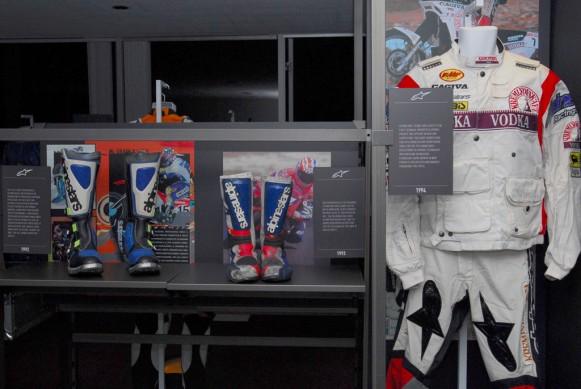Alpinestars 1990s Display