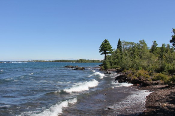 Lake-Superior-Waves