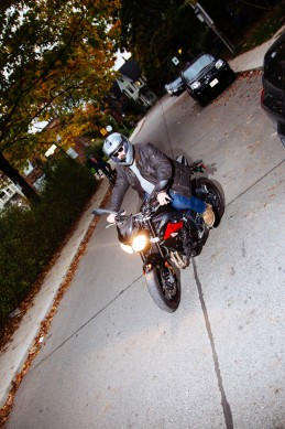 Motorcycling-in-Toronto-229A1247