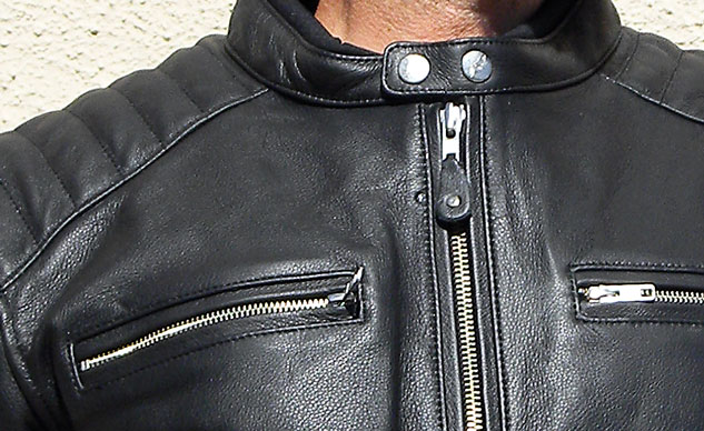 112213-Joe-Rocket-Classic-92-jacket-neck-zipper-closeup