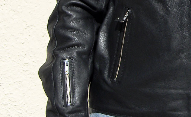 112213-Joe-Rocket-Classic-92-jacket-right-vent-pocket-closeup