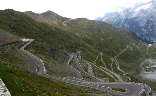 112513-stelvio-pass-photo-by-Amcs1983