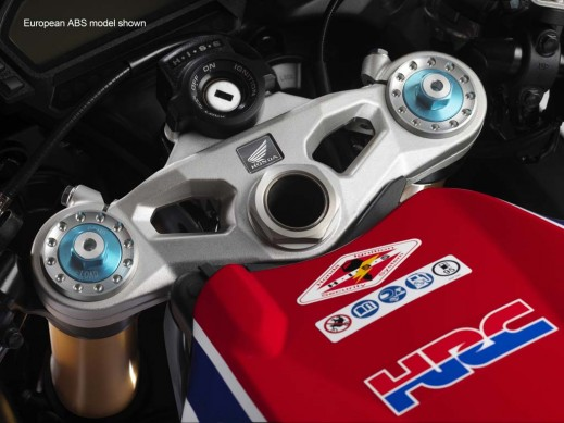 2014-honda-CBR1000RR-SP_UpperTripleClamp_EUROABS
