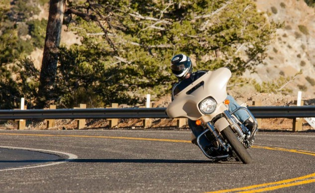 While the Street Glide Special gave more immediate response to steering input, the overall quality of the ride was hampered by the harsh responses of the shocks.