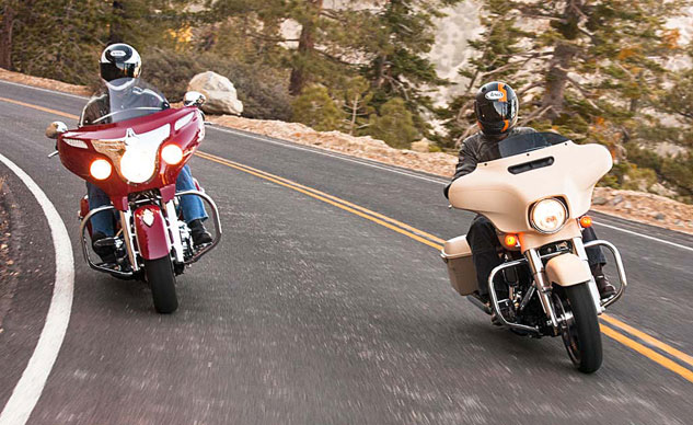 2014-Harley-Davidson-Street-Glide-Special-vs-Indian-Chieftain-f