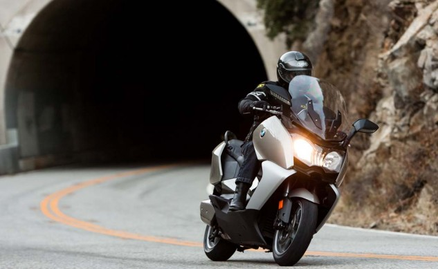 _EBB4117-2013-maxi-scooter-shootout-bmw-c650gt
