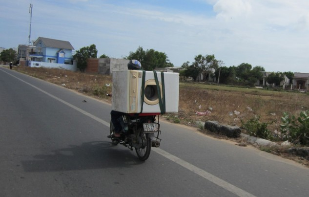 Vietnam Motorcycling Washing Machine Biker