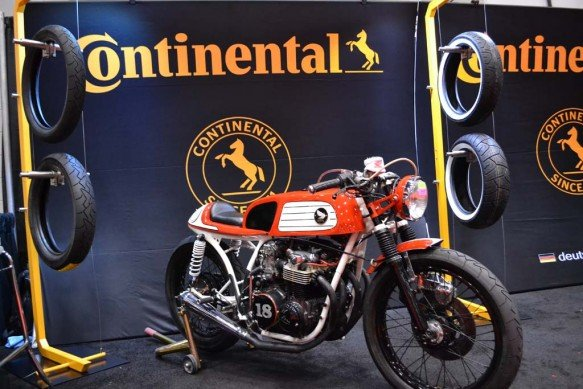 2014-v-twin-expo-Continental Tire Cafe Racer