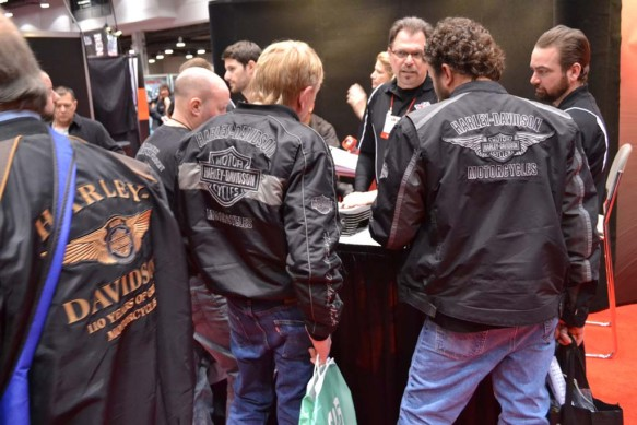 2014-v-twin-expo-Harley Guys all over