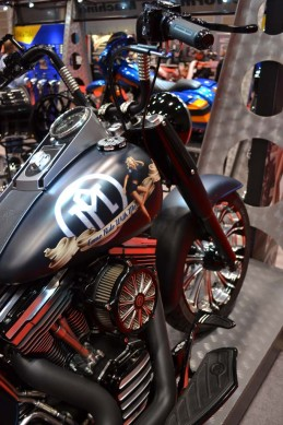 2014-v-twin-expo-Performance MAchines Bike