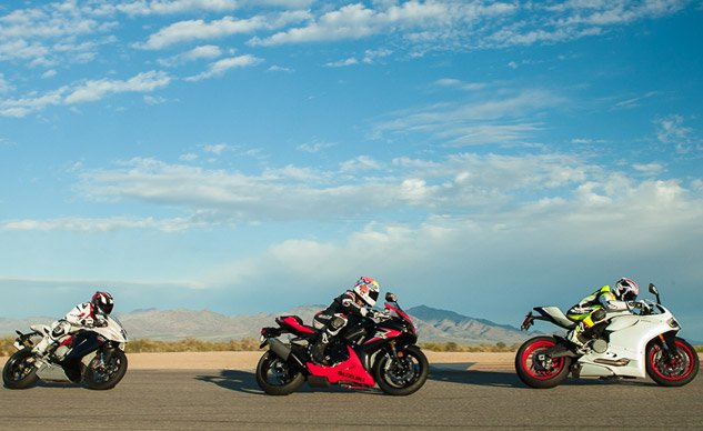 2014 Super-Middleweight Sportbike Shootout Feature