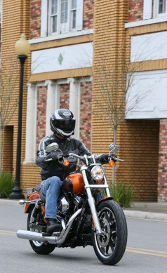 030914-2014-harley-davidson-low-rider-action-49198