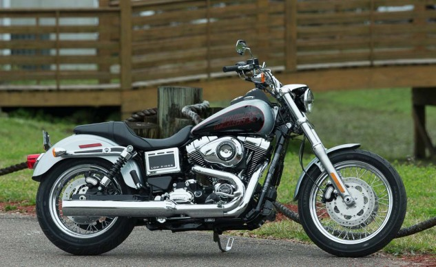 030914-2014-harley-davidson-low-rider-static-36771